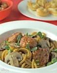 A new twist on a classic favourite, Spaghetti and Meatballs Chinese Style is a hot and spicy feast that is packed full of flavour. | homemadeandyummy.com