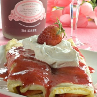 Sparkling Strawberry Crepes
