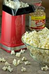 Our family favourite Maple Bacon Popcorn is so easy to make. No need for store bought when you can make gourmet popcorn at home! | homemadeandyummy.com
