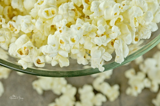 Close up of popcorn in a bowl.