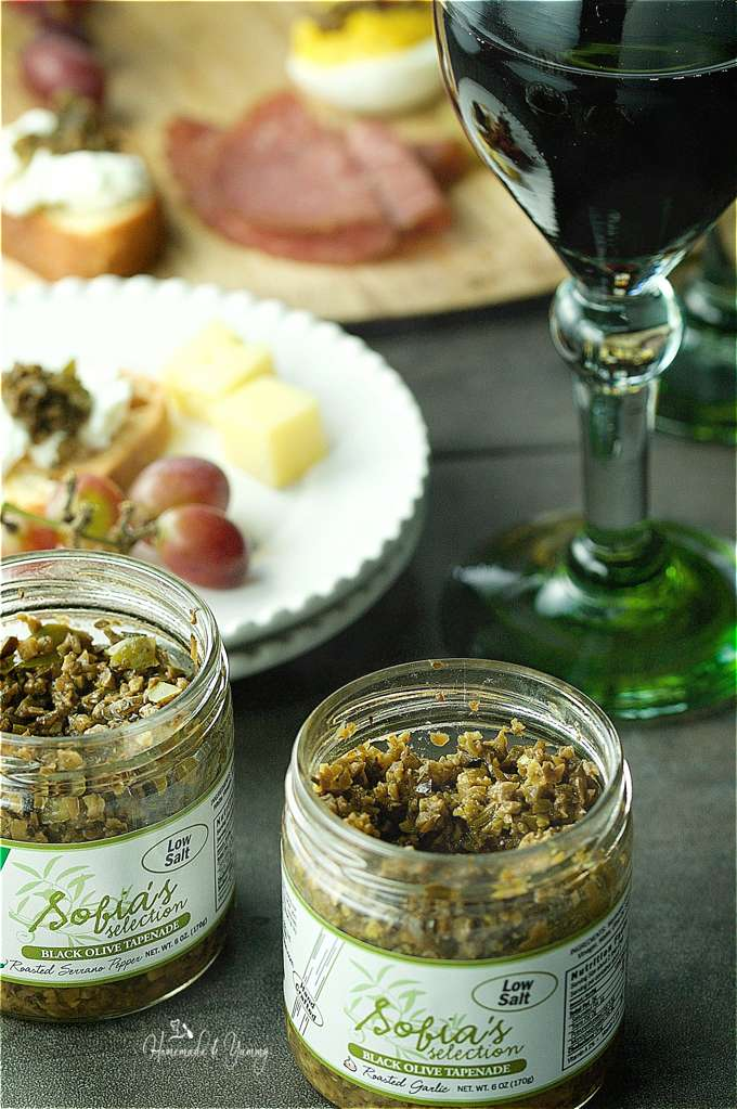 Sofia's Selection Tapenade is hand crafted in small batches. Low in salt, all natural and packed with robust savoury and spicy flavours. | homemadeandyummy.com