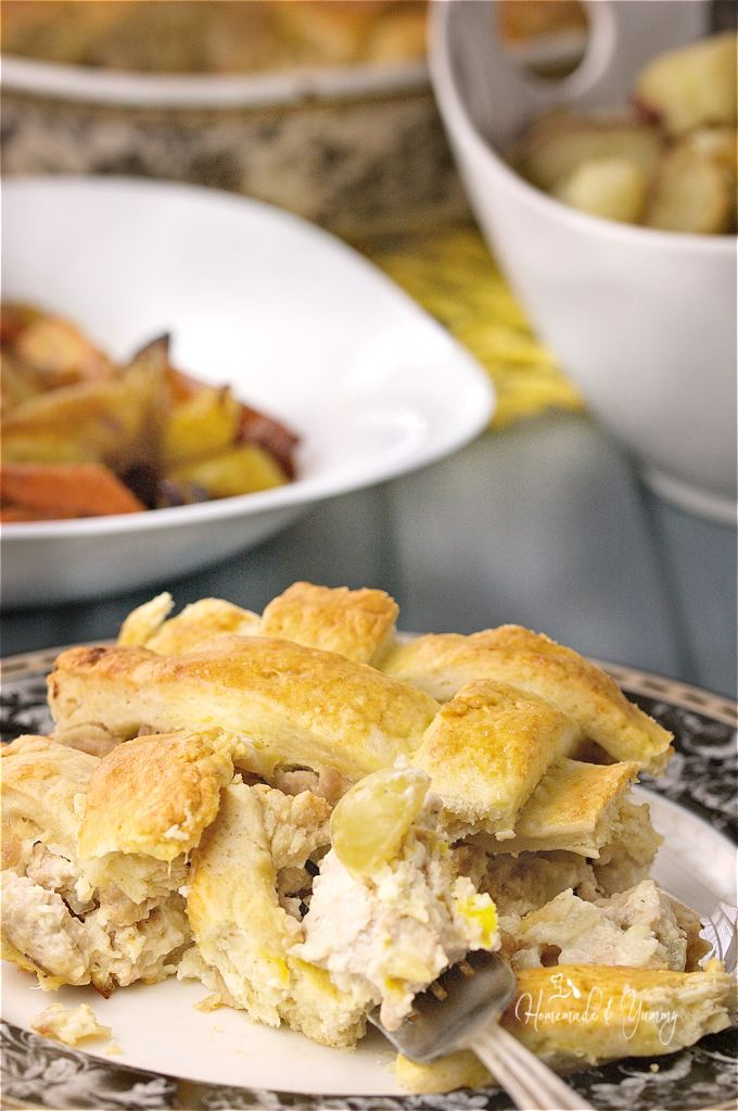 Savoury Turkey Veronique Rustic Meat Pie combines ground turkey, grapes and a white wine cream sauce under a rustic lattice crust. | homemadeandyummy.com