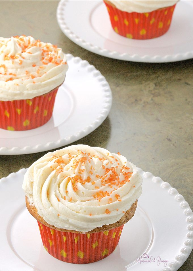 Spicy Chai Cupcakes with Sweet Cinnamon Buttercream ...