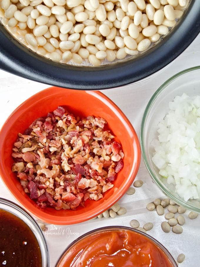 Recipe ingredients for pressure cooker baked beans.