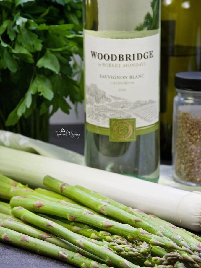 Asparagus soup ingredients ready to cook with.
