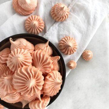 Pumpkin Spice Meringues