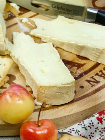 Cold Smoked Cheese Featured Image