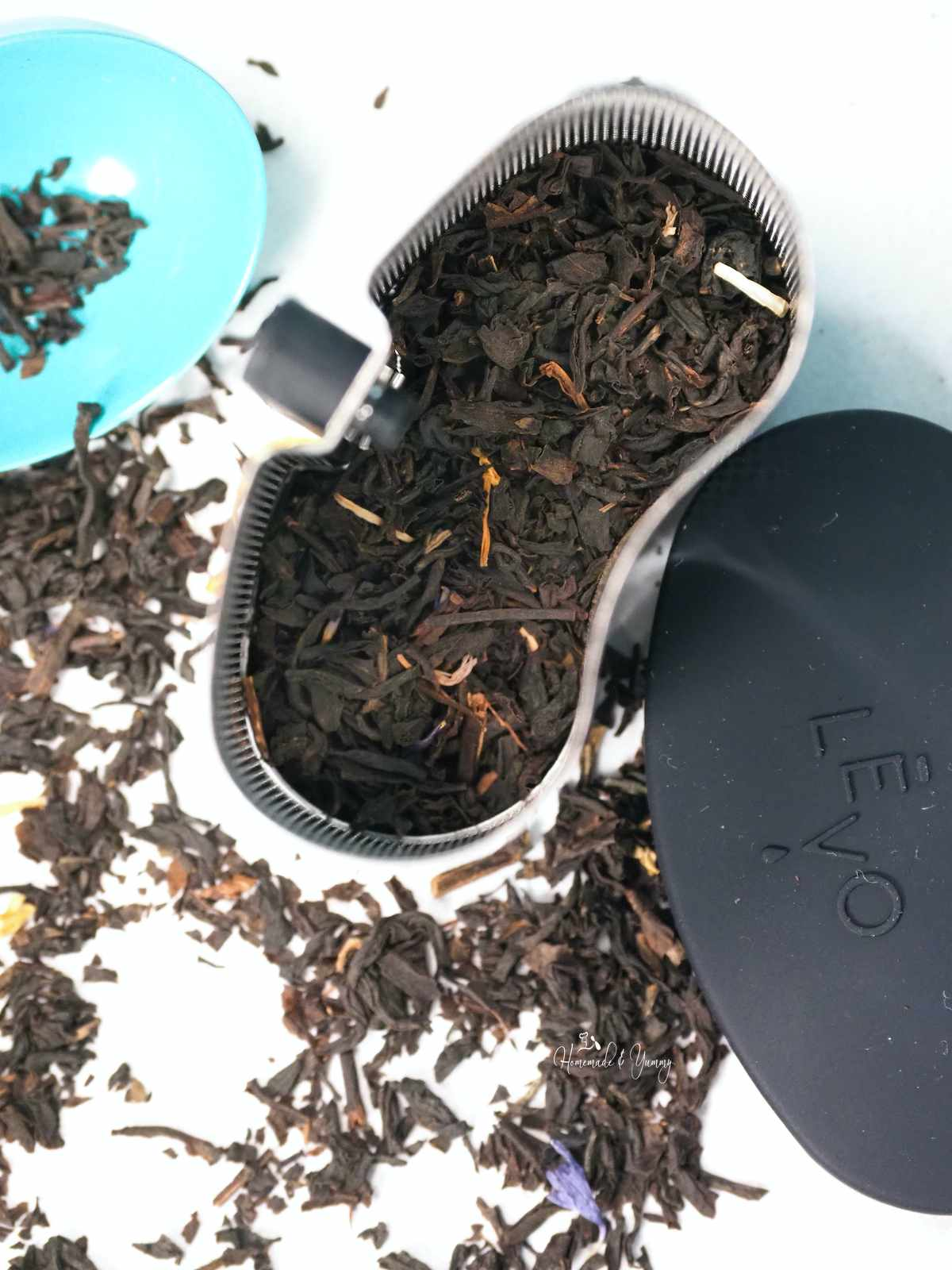 Loose tea placed in the herb pod