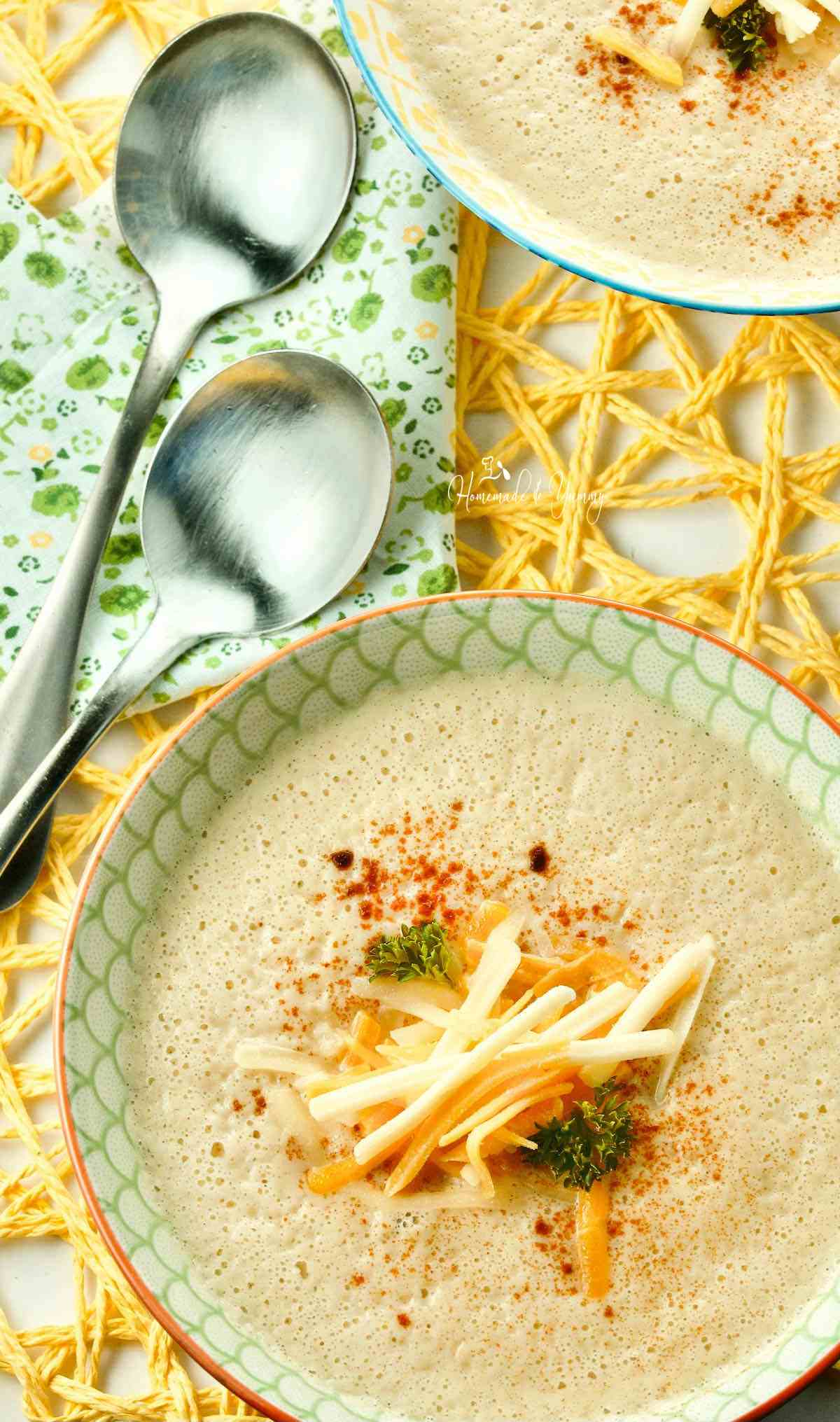 Roasted Cauliflower Soup made in the blender.